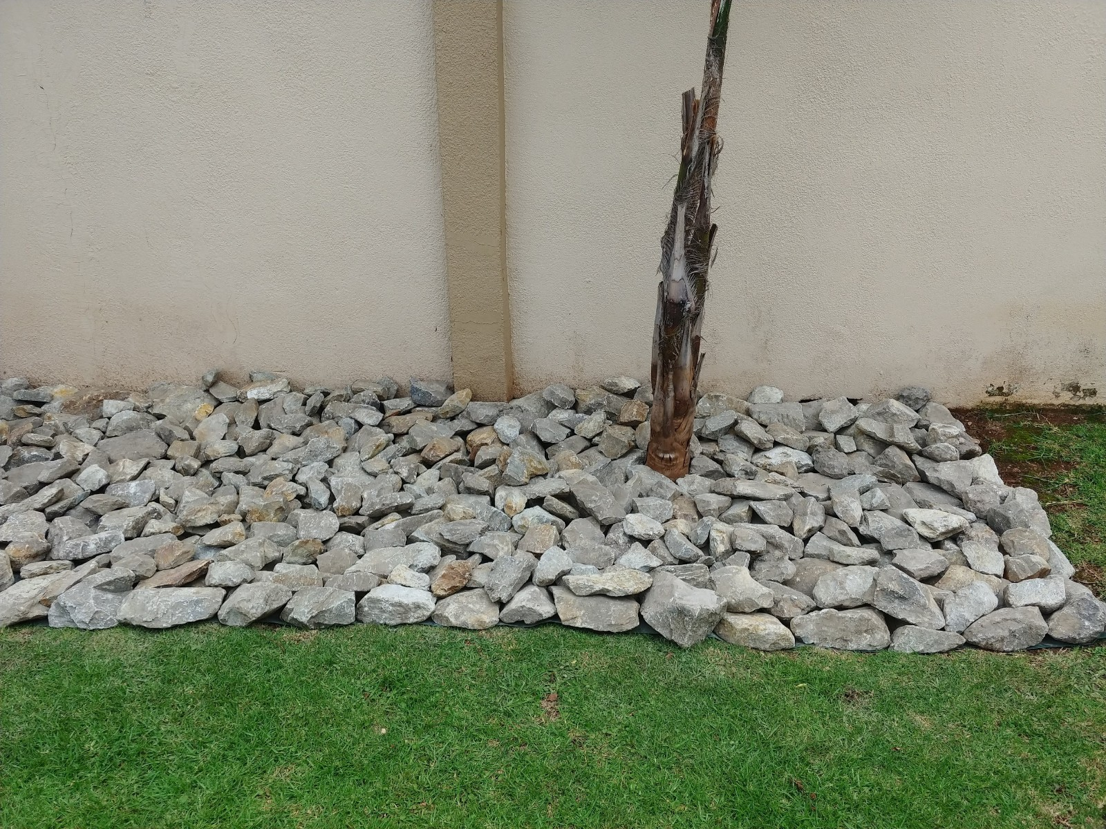 River Stone Aggregates